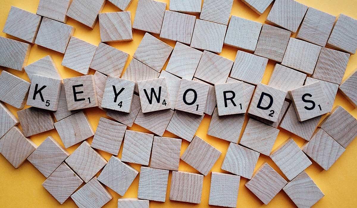 illusmart-keywords-letters